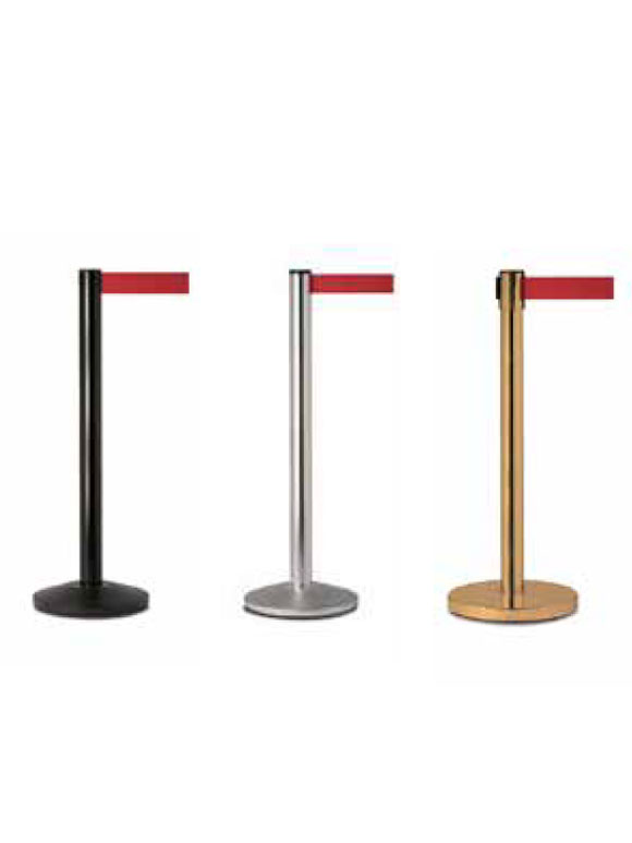 POSTS WITH RETRACTABLE BELT SYSTEMS
